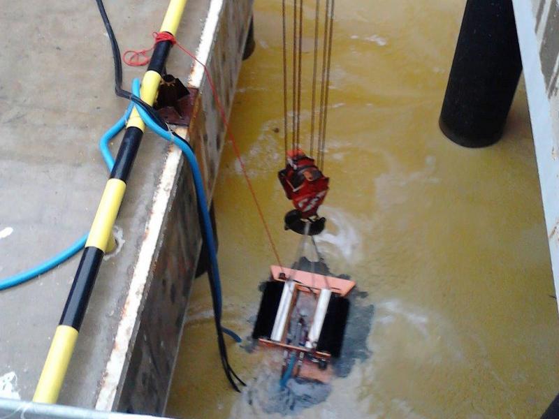 Ликвидация загрязнения на акватории п. Тамань
