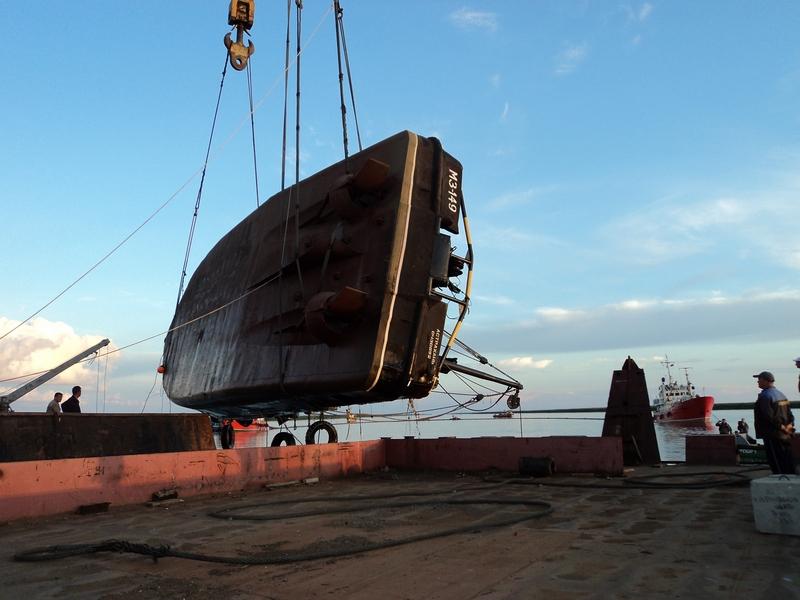 Операция по судоподъему т/х «МЗ-143» и предотвращению разлива нефтепродуктов с затонувшего судна.