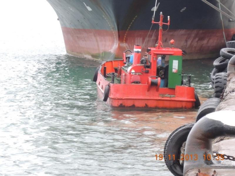 Операция по ликвидации нефтяного загрязнения на акватории порта Корсаков