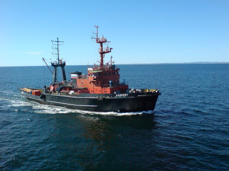 Проведена морская буксировка  плавучего пирса