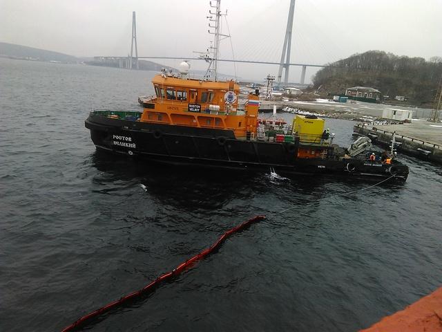 Проведено учение на акватории морского порта Владивосток