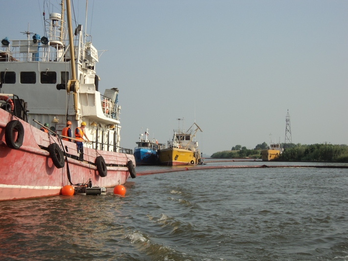 В Северной части Каспийского моря и Волго-Каспийском морском судоходном канале проведено комплексное учение