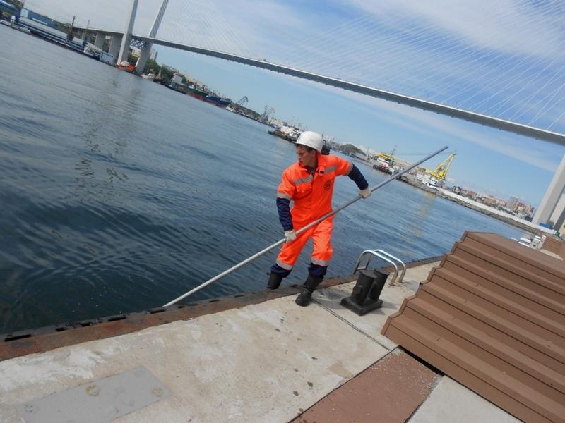 Во Владивостоке состоялся  Морской субботник