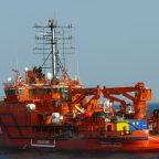 Оказания услуг по ледокольным проводкам судов в период зимней навигации