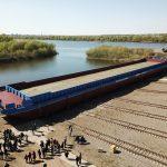 Cостоялся торжественный спуск на воду баржи – площадки БПБ-001