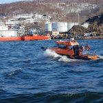 Спасатели провели тренировочные учения в порту Петропавловск-Камчатский